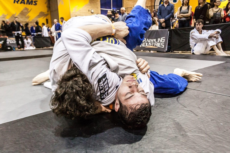 an image of an openmat mma competitor during a jiu-jitsu match